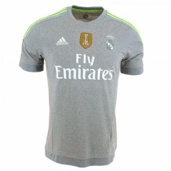 new photos 51fc3 bf235 Real Madrid Retro Shirt 2015/2016