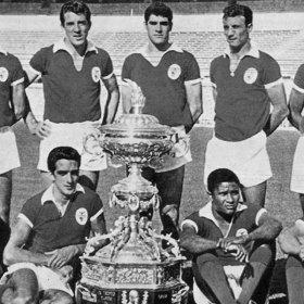 SL Benfica 1962 - 63 retro shirt